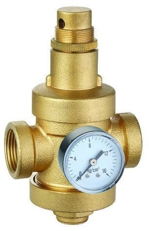 brass water pressure reducing valve with gauge or pressure meter. Black Bedroom Furniture Sets. Home Design Ideas