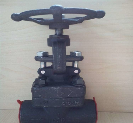 China Forged Steel Flanged Globe Valve 800lbs And Trim By 13CR , Connect As NPT / SW Body By A105 factory